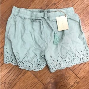 Lace shorts small